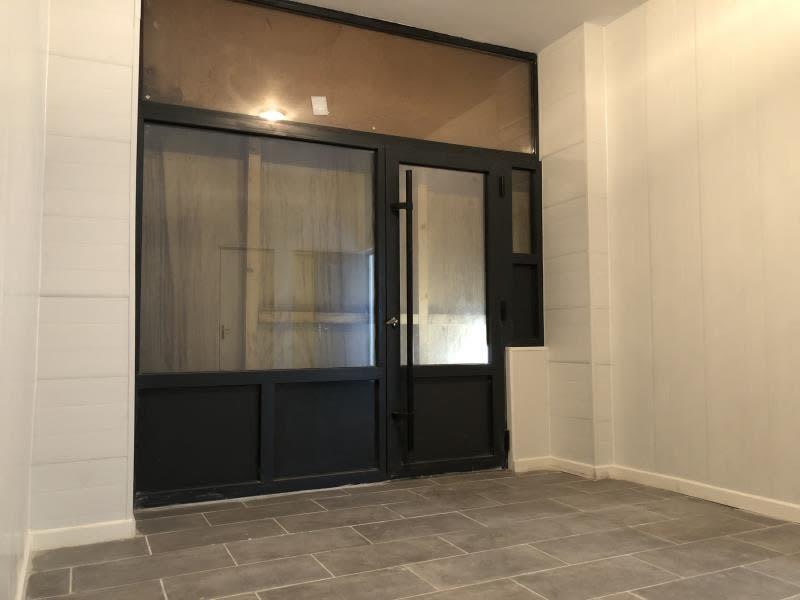 Rental empty room/storage Carrieres sur seine 750€ HC - Picture 3