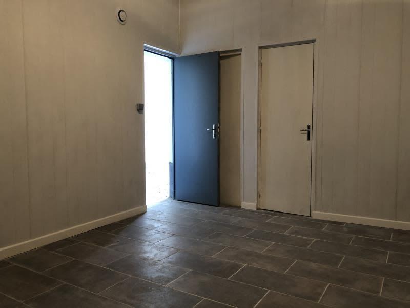 Rental empty room/storage Carrieres sur seine 750€ HC - Picture 4