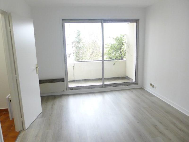 Rental apartment Garches 661€ CC - Picture 1