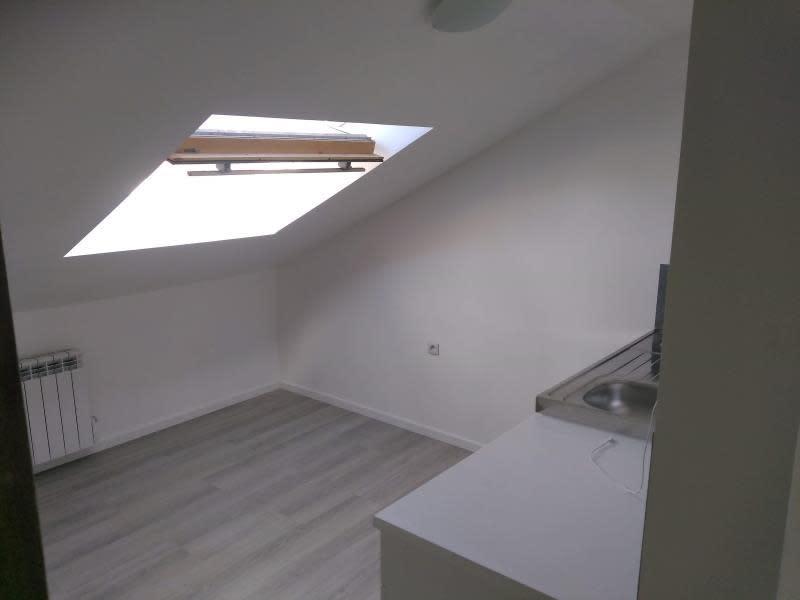Location appartement Houplines 290€ CC - Photo 1