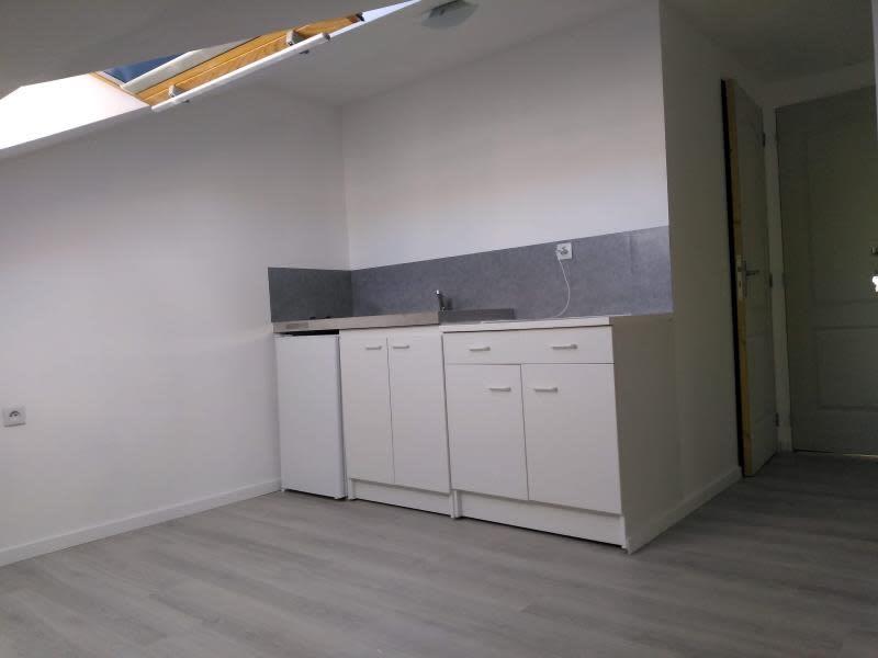 Location appartement Houplines 290€ CC - Photo 2