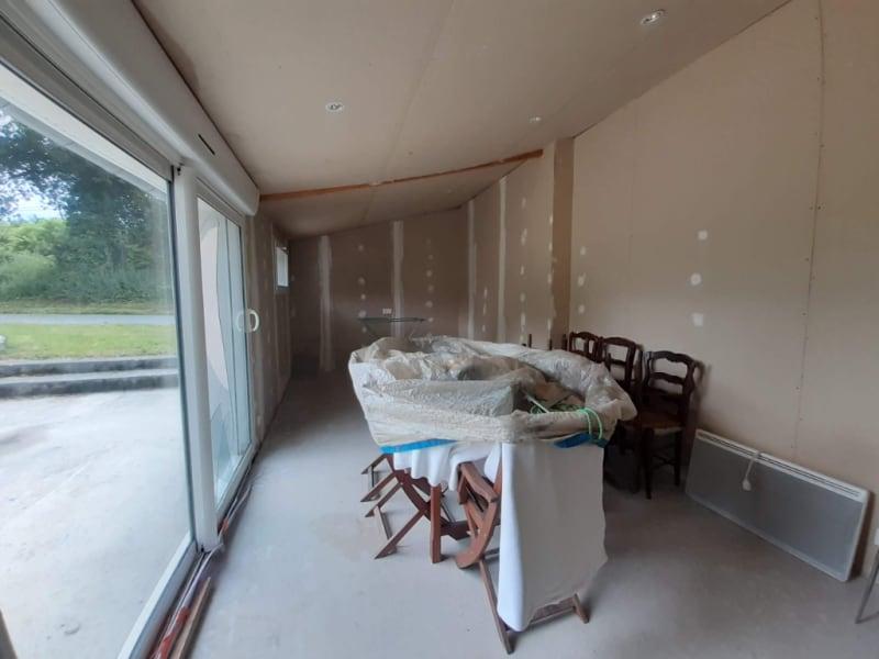 Sale house / villa Cleden poher 75600€ - Picture 2