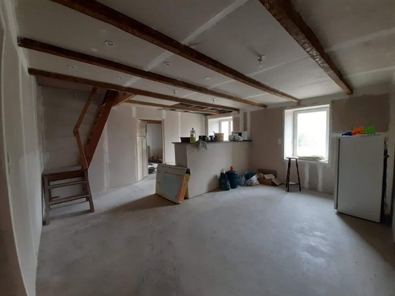 Sale house / villa Cleden poher 75600€ - Picture 3