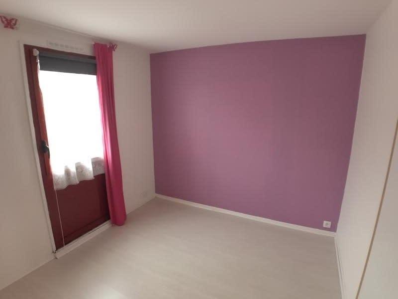 Sale house / villa Montigny le bretonneux 364000€ - Picture 10