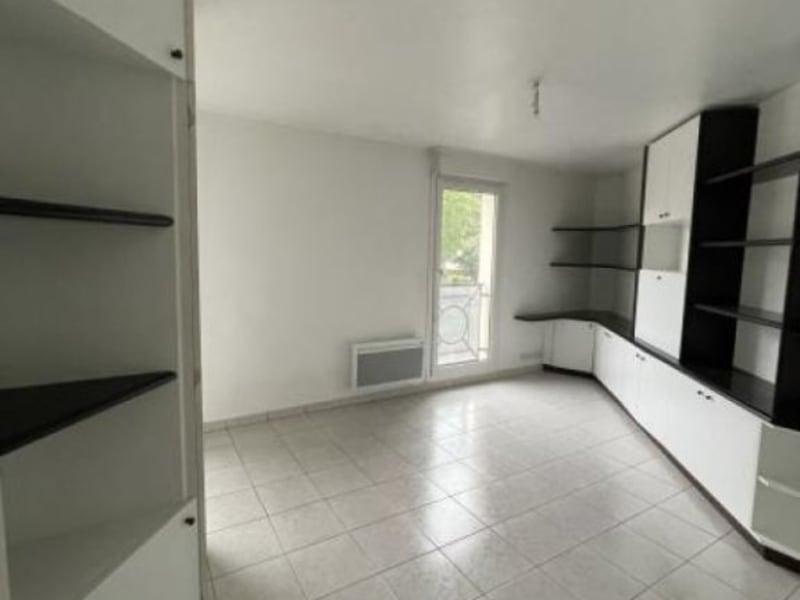 Rental apartment Verrieres le buisson 656€ CC - Picture 2