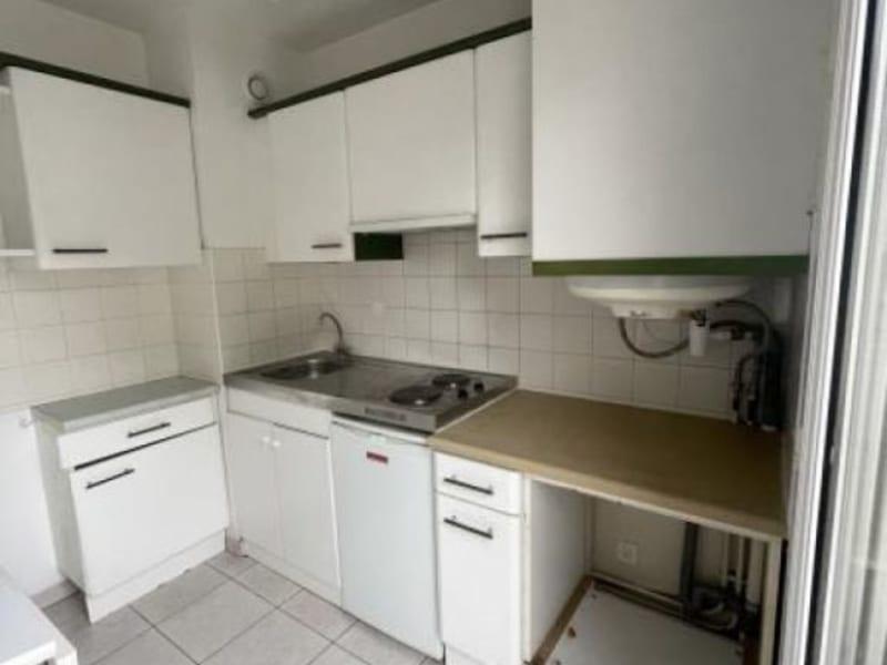 Rental apartment Verrieres le buisson 656€ CC - Picture 3