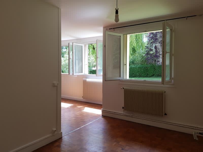 Rental apartment Verrieres le buisson 990€ CC - Picture 3