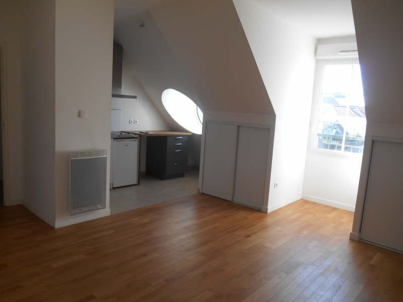 Location appartement Chatenay malabry 895€ CC - Photo 2