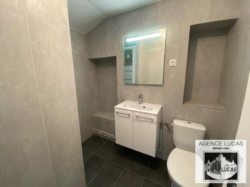 Location appartement Chatillon 900€ CC - Photo 4