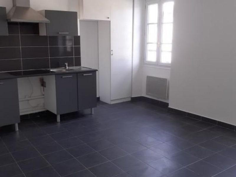 Rental apartment Bievres 820€ CC - Picture 1