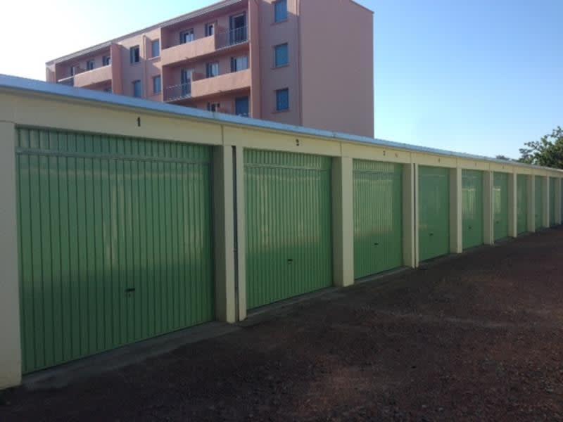 Rental parking spaces Roanne 49,50€ CC - Picture 1