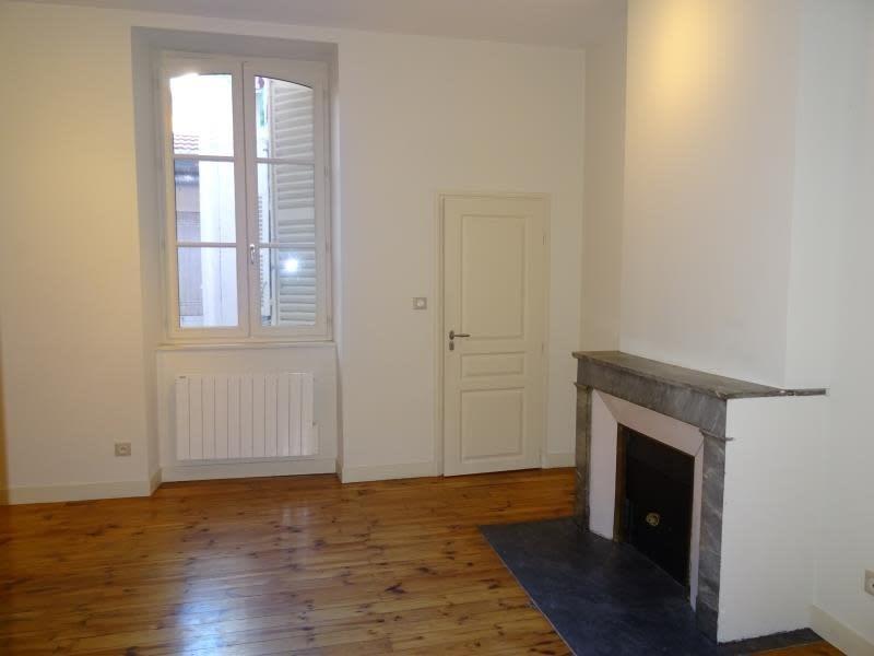 Rental apartment Roanne 340€ CC - Picture 1