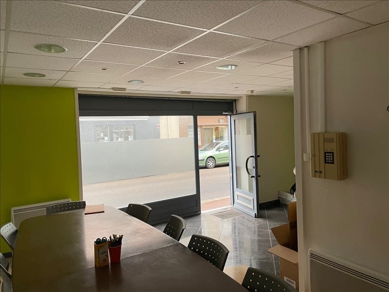 Location local commercial Roanne 345€ HC - Photo 3