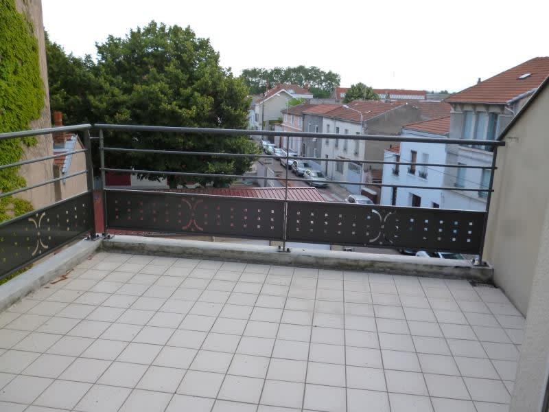 Rental apartment Roanne 593,31€ CC - Picture 1