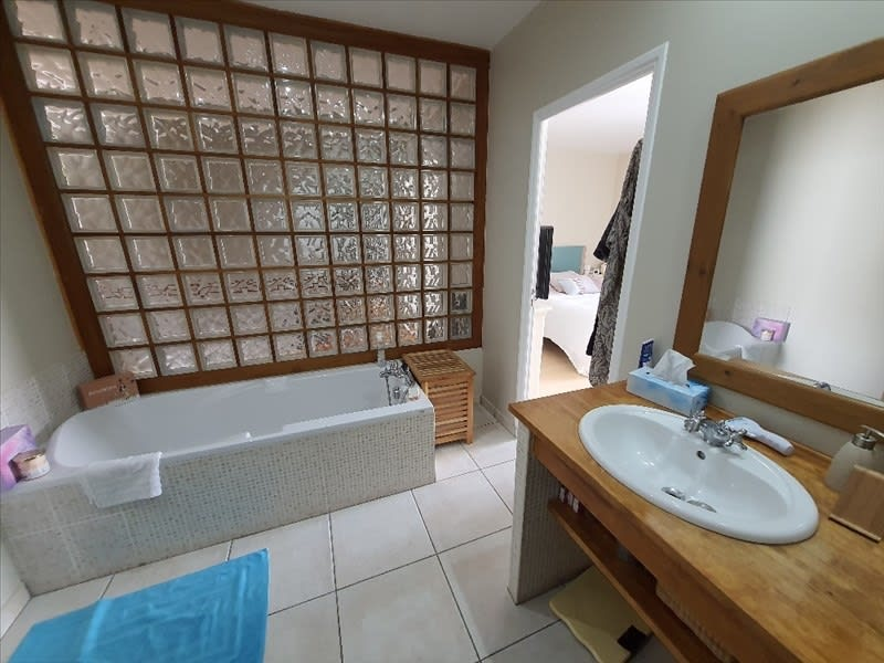 Sale house / villa Roanne 262500€ - Picture 9
