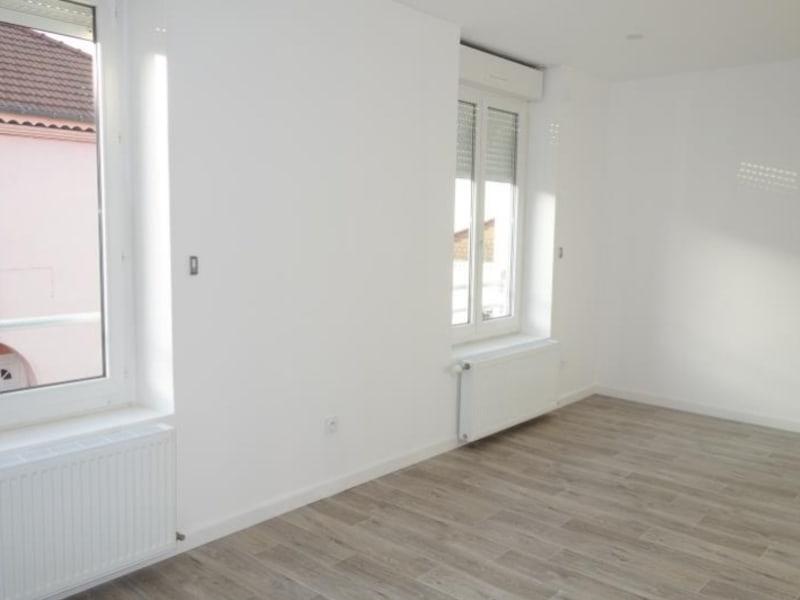 Rental apartment Regny 515€ CC - Picture 3