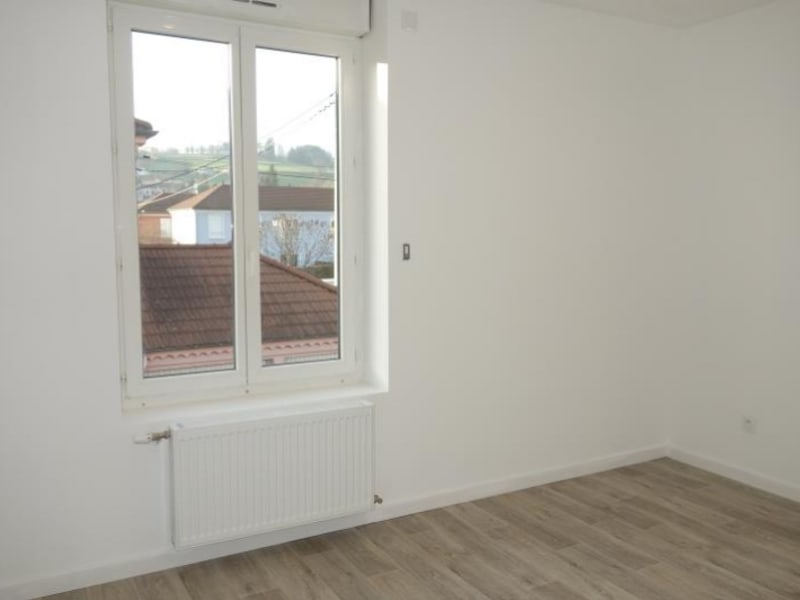 Rental apartment Regny 515€ CC - Picture 5