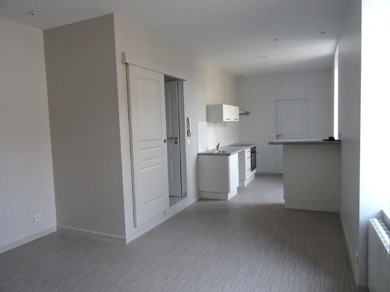 Location appartement Roanne 390€ CC - Photo 7