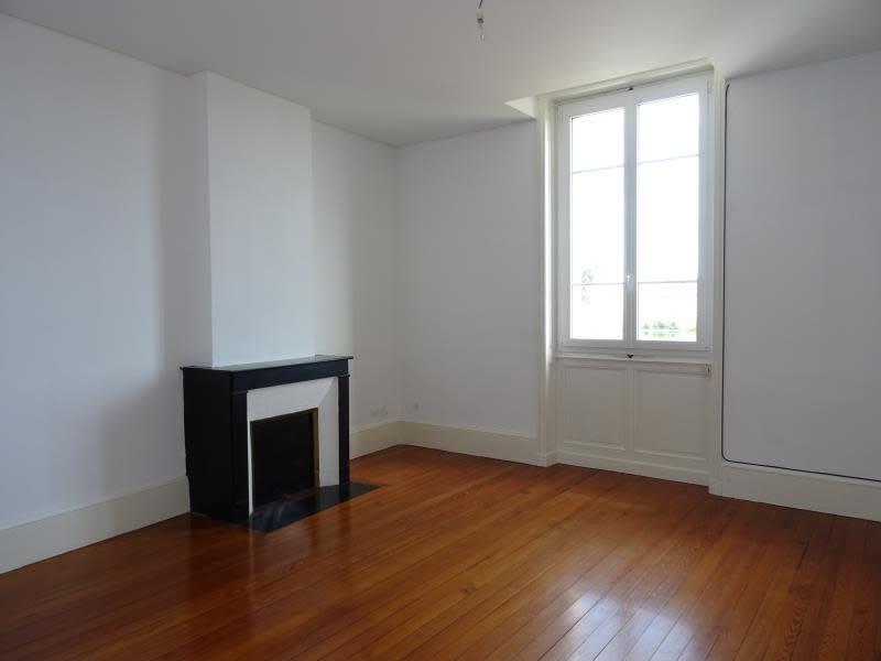 Location appartement Roanne 405€ CC - Photo 4