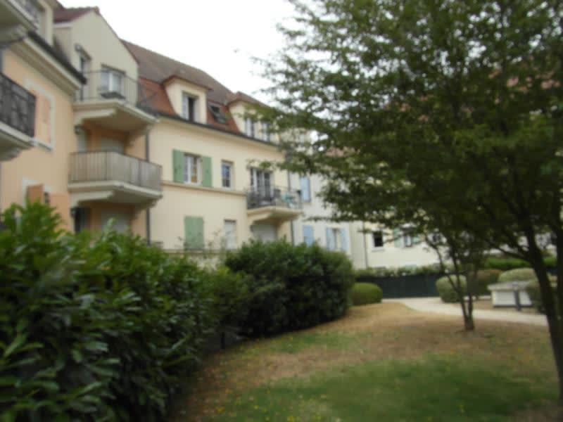 Sale apartment Vaureal 172000€ - Picture 4