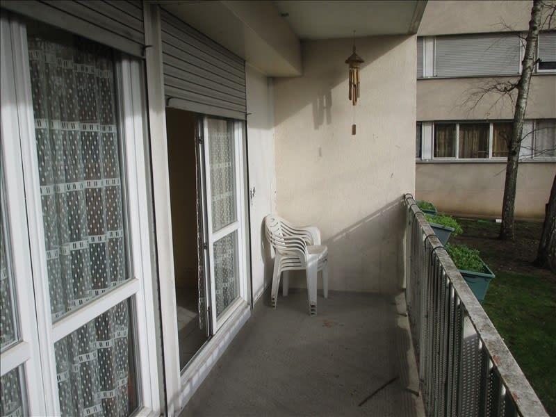 Sale apartment Rosny sous bois 159000€ - Picture 2
