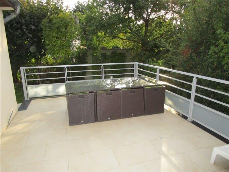 Sale house / villa Le vesinet 1100000€ - Picture 2