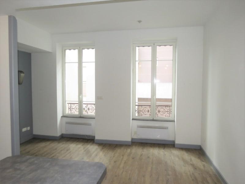 Sale apartment Lyon 225000€ - Picture 2