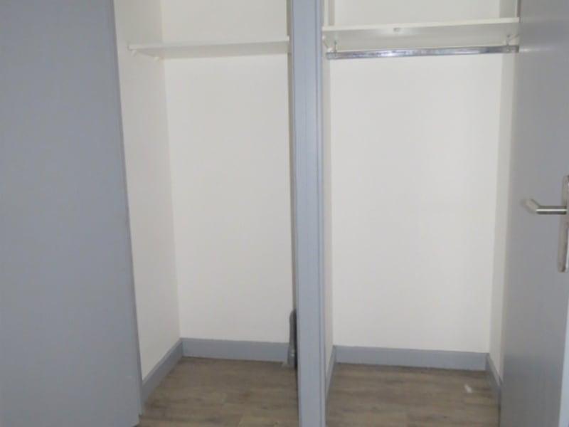 Sale apartment Lyon 225000€ - Picture 9