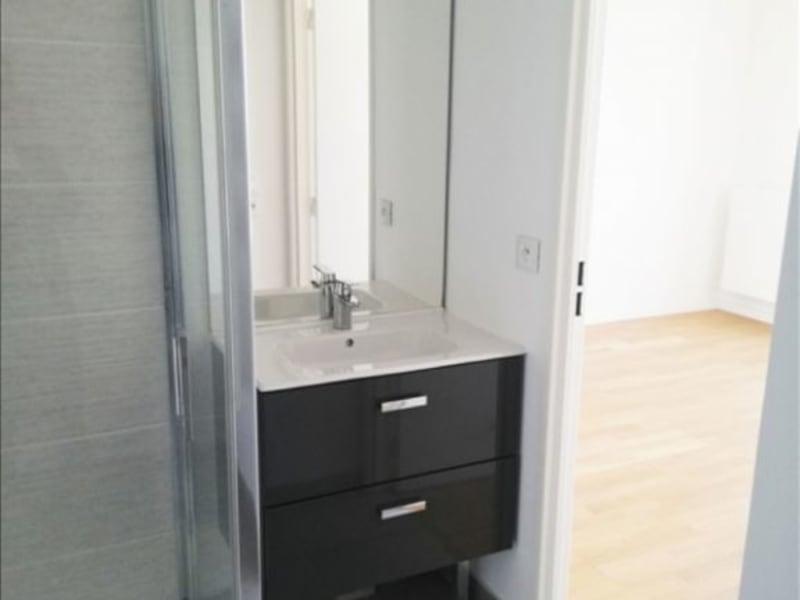 Alquiler  apartamento Paris 18ème 790€ CC - Fotografía 8