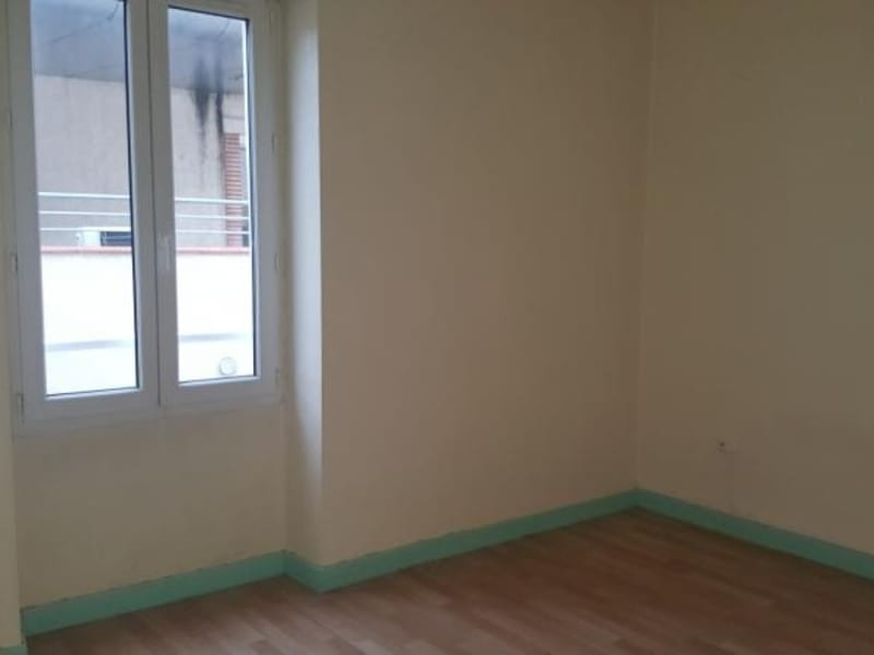 Location appartement Carmaux 399,74€ CC - Photo 3