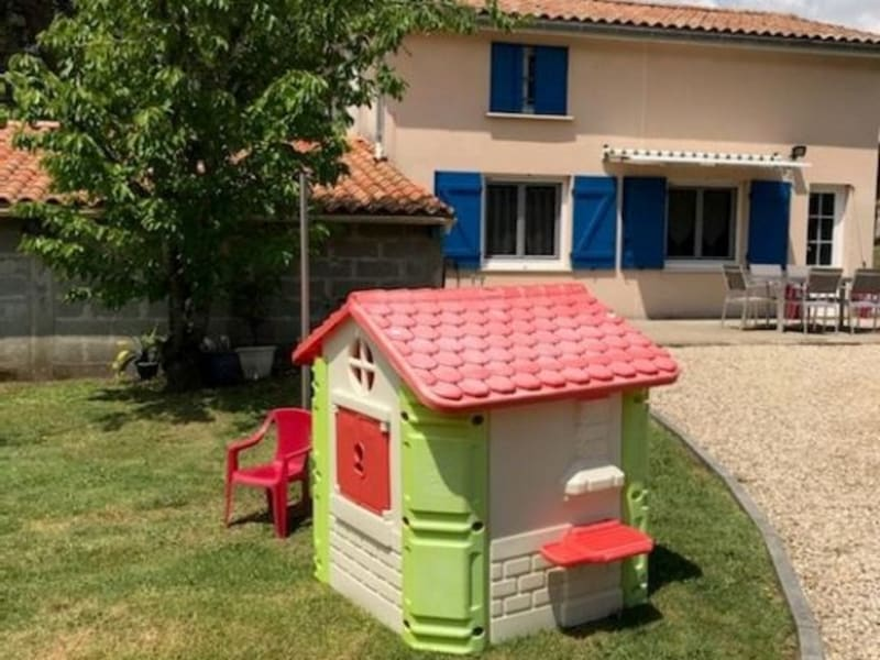 Sale house / villa St yzan de soudiac 123000€ - Picture 1