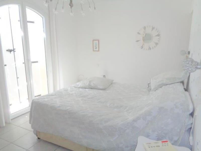 Sale house / villa Saint andre de cubzac 399000€ - Picture 12