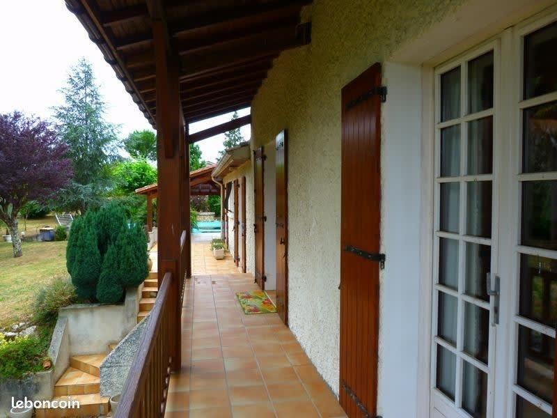 Sale house / villa St andre de cubzac 285500€ - Picture 2