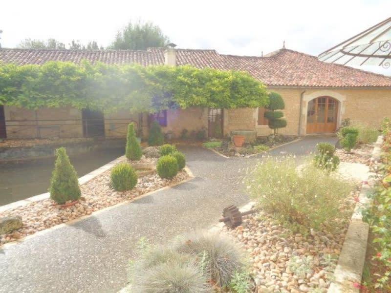 Deluxe sale house / villa St andre de cubzac 1417500€ - Picture 2