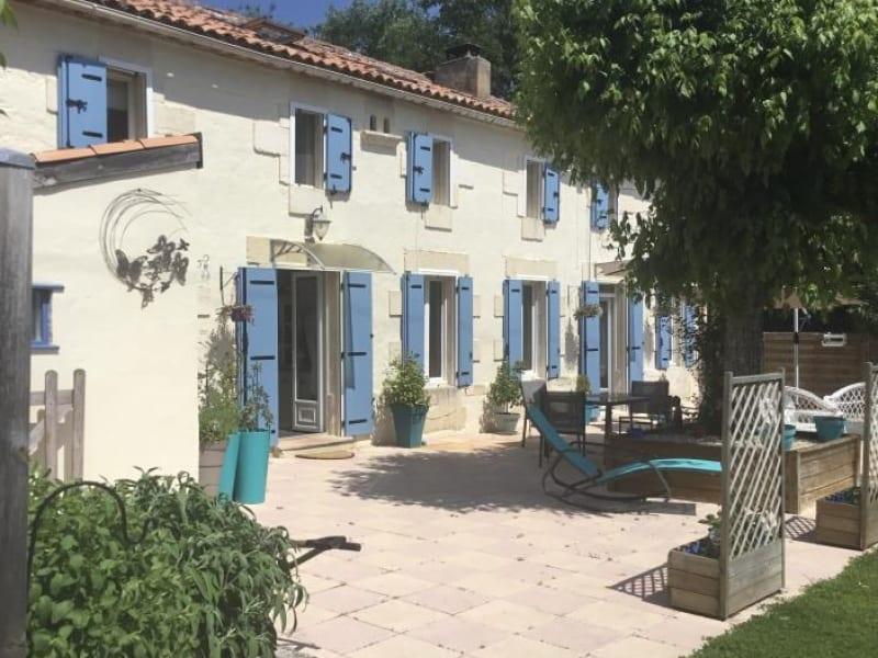 Sale house / villa St andre de cubzac 301000€ - Picture 1