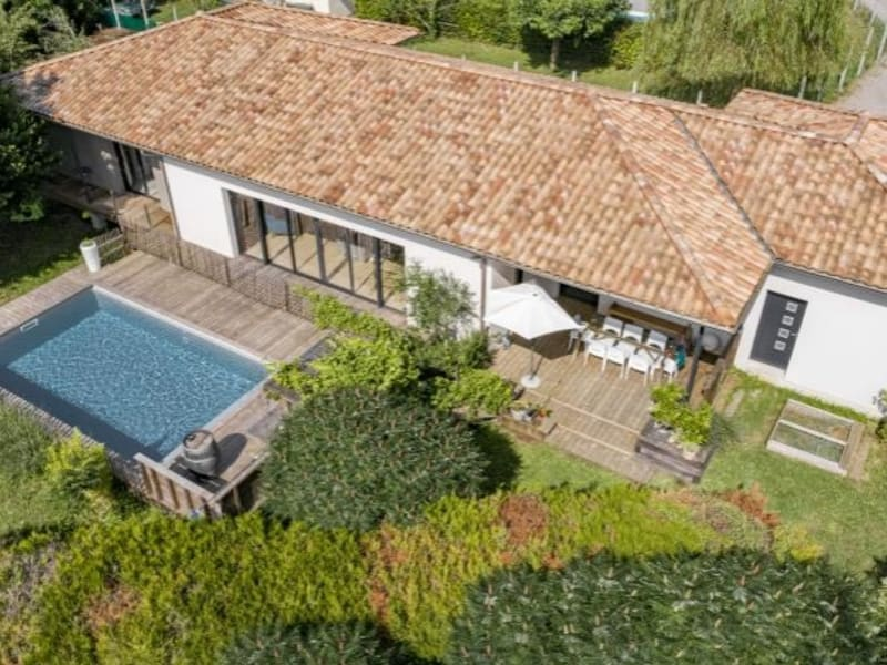 Deluxe sale house / villa St andre de cubzac 598500€ - Picture 1
