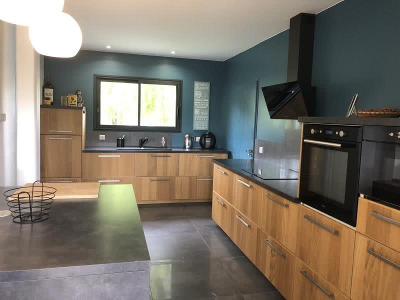 Deluxe sale house / villa St andre de cubzac 598500€ - Picture 4