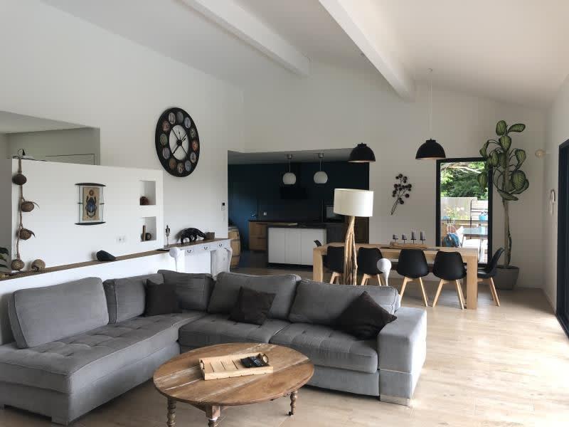 Deluxe sale house / villa St andre de cubzac 598500€ - Picture 10