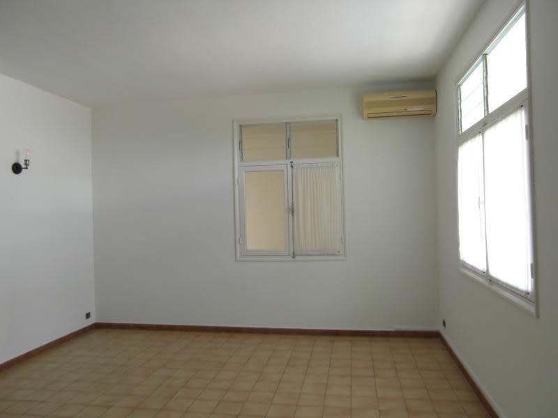 Sale house / villa St denis 884000€ - Picture 8