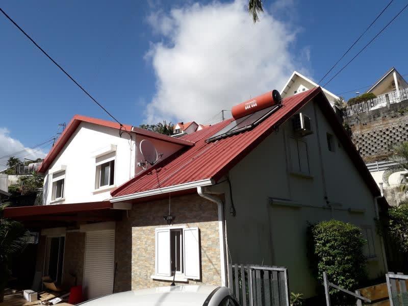 Location maison / villa Moufia 2100€ CC - Photo 1