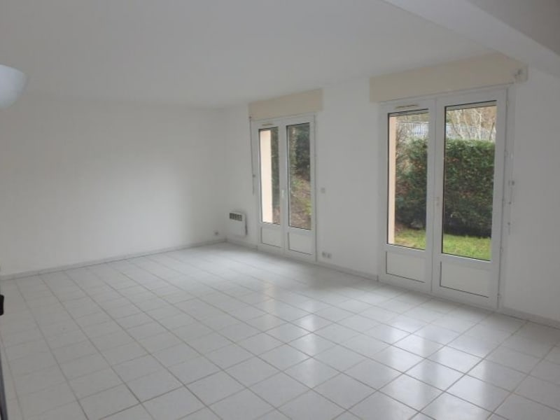 Rental apartment Chaville 781€ CC - Picture 2