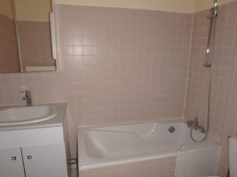 Rental apartment Chaville 781€ CC - Picture 4