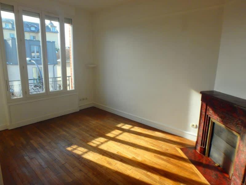 Rental apartment Chaville 869€ CC - Picture 1