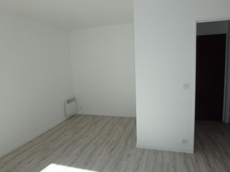 Rental apartment Viroflay 656€ CC - Picture 4