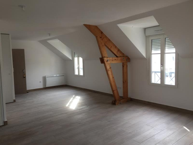 Rental apartment Buc 1094€ CC - Picture 3