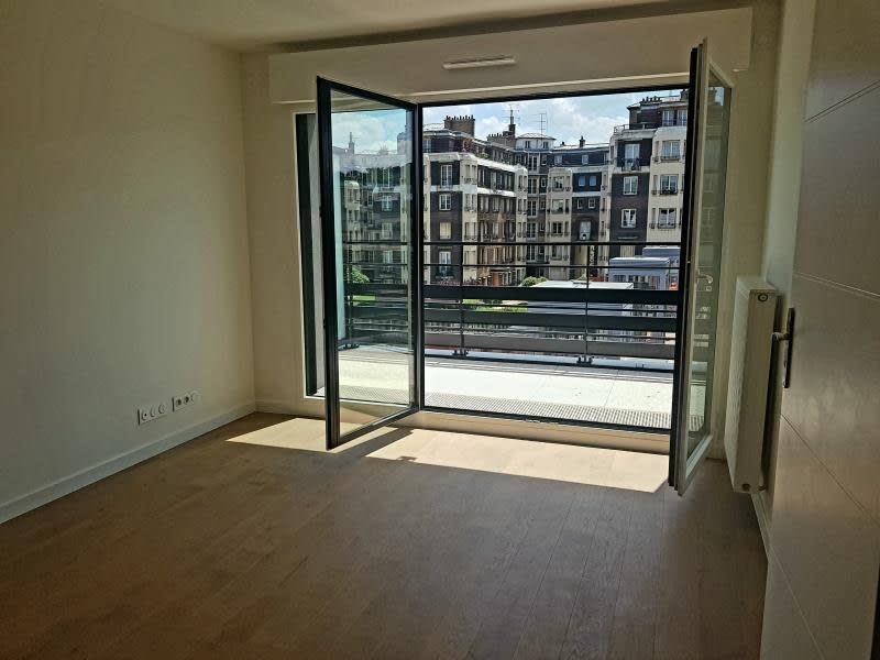 Rental apartment Viroflay 1040€ CC - Picture 10
