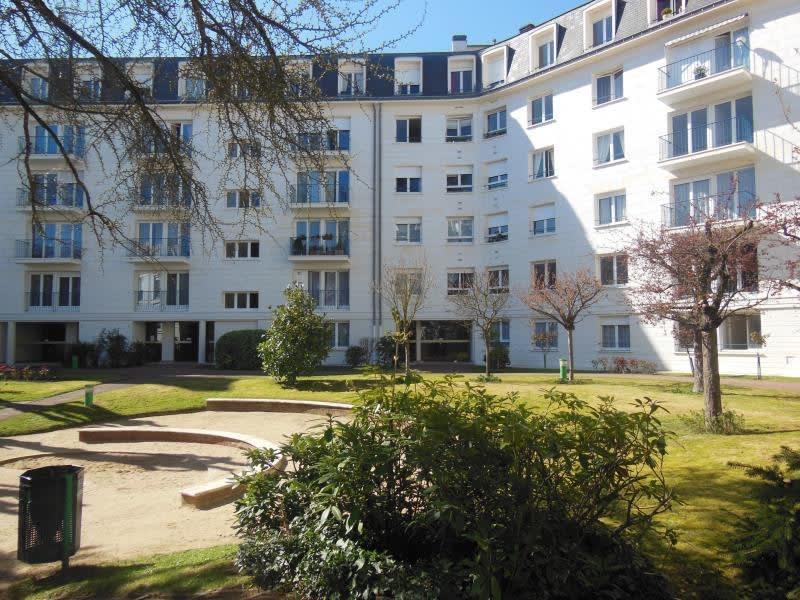 Rental apartment Versailles 462€ CC - Picture 1