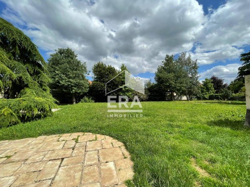 Location maison / villa Grisy suisnes 2400€ CC - Photo 3
