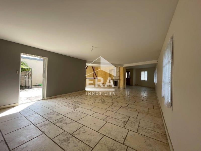 Location maison / villa Grisy suisnes 2400€ CC - Photo 5
