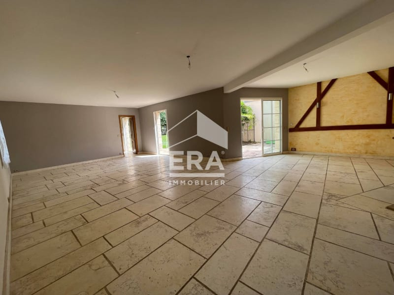 Location maison / villa Grisy suisnes 2400€ CC - Photo 7